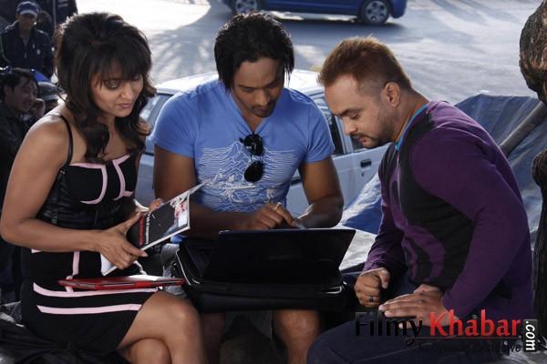 - 20120414162746_76a2cf23846d933c97bb093a54e3668f@filmykhabar.com